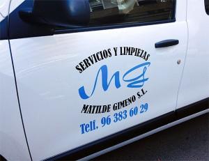 rotulacion vinilo coche mg servicios limpiezas - valencia serigrafia